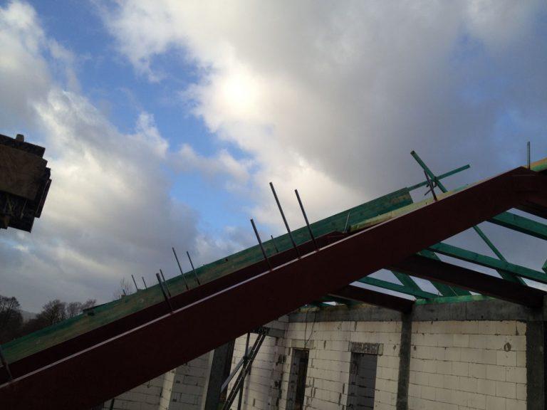 Wykonanie stalowej konstrukcji dachu